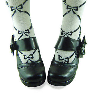 合皮 ゴム底 リボン バックル ハイヒール つや消しブラック ロリータ靴  ゴスロリ靴
